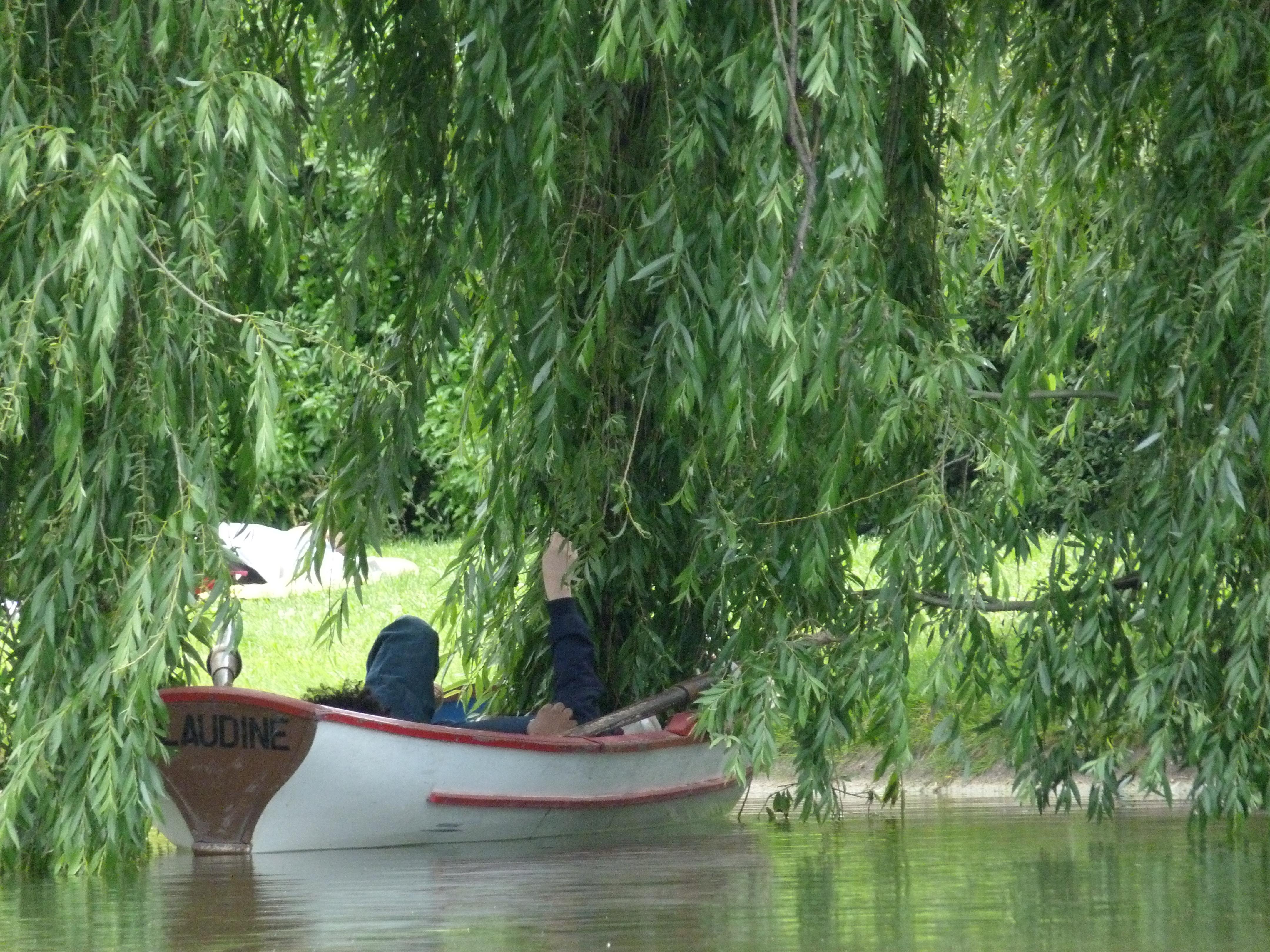Row Boat Paris