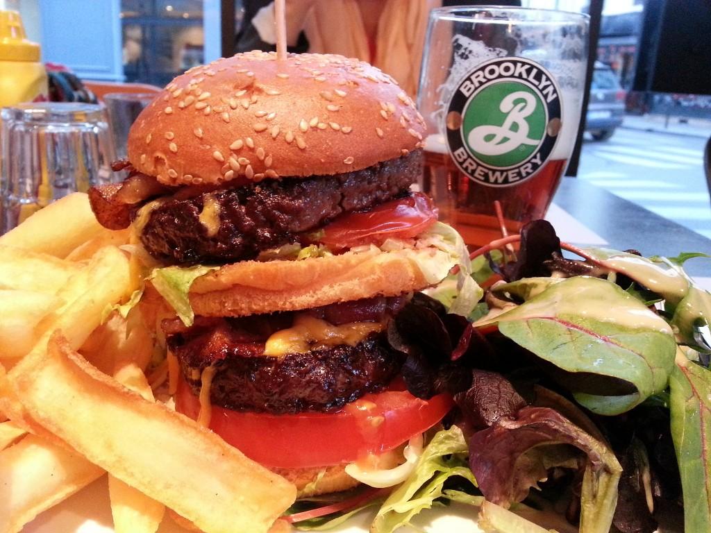 Brooklyn Café Paris Double Burger