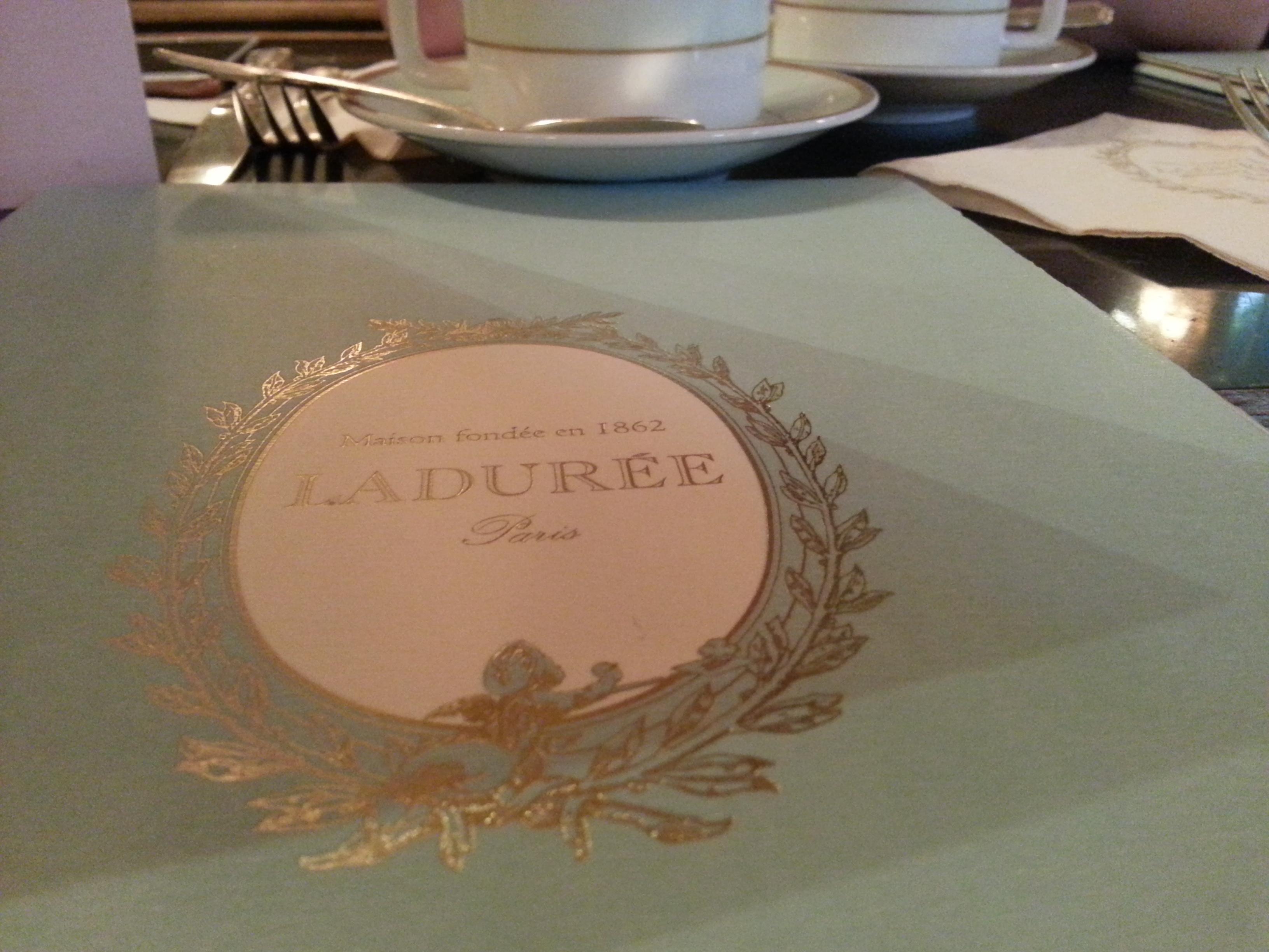 Laduree_Menu_by_pretemoiparis